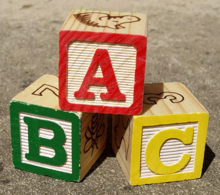 stacking blocks baby development milestone